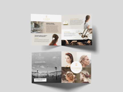Leaflet carré Alexandre de Paris